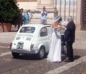 Gamme Fiat 500 som bryllupsbil